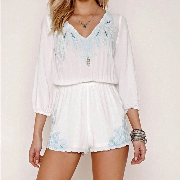 Forever 21 Pants - NWOT Floral Lace Embroidered White Romper Small